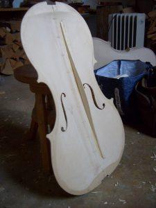 Photo d'une table de violoncelle